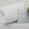 Herbruikbare sponzen set 2 stuks, in de badkamer
